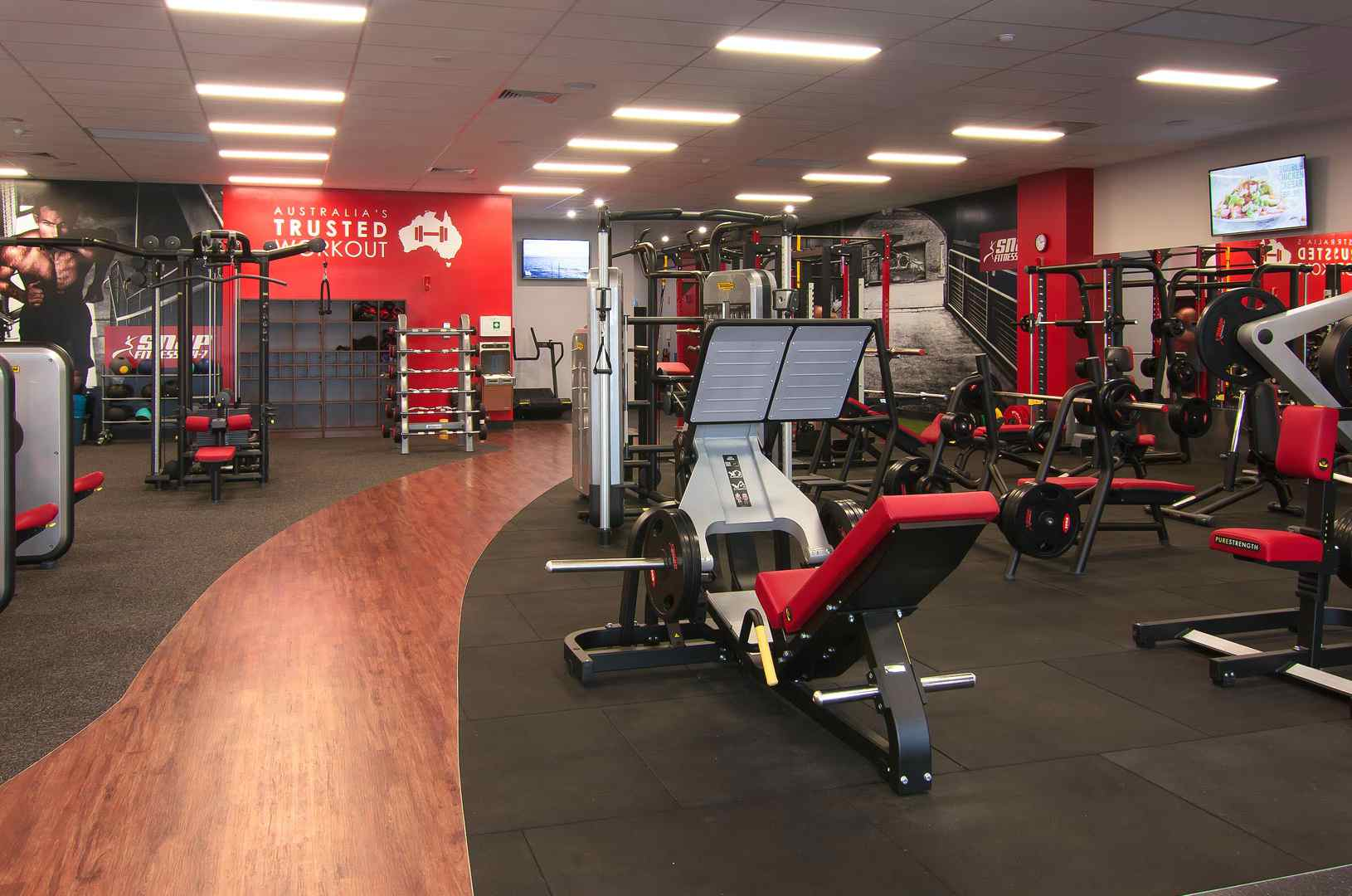 picture of a gym interior with equipments